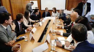 governador_moises_realiza_encontro_com_o_forum_parlamentar_catarinense_em_brasilia_20190220_1323446553